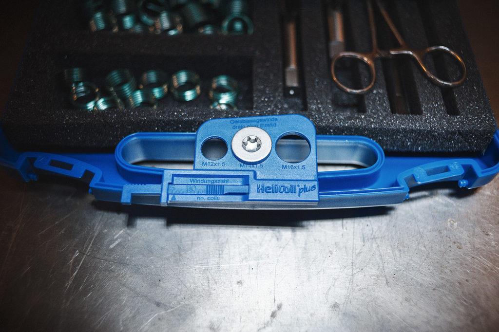 Измеряем диаметр сливной пробки
