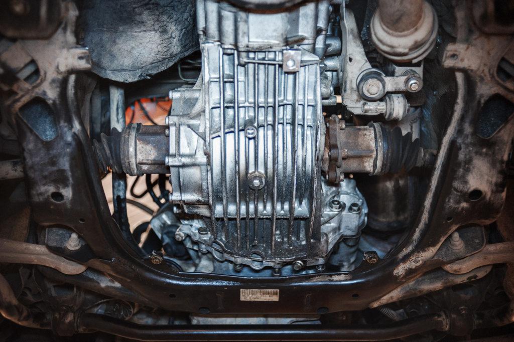 Коробка Audi A4 на месте, можно заливать масло