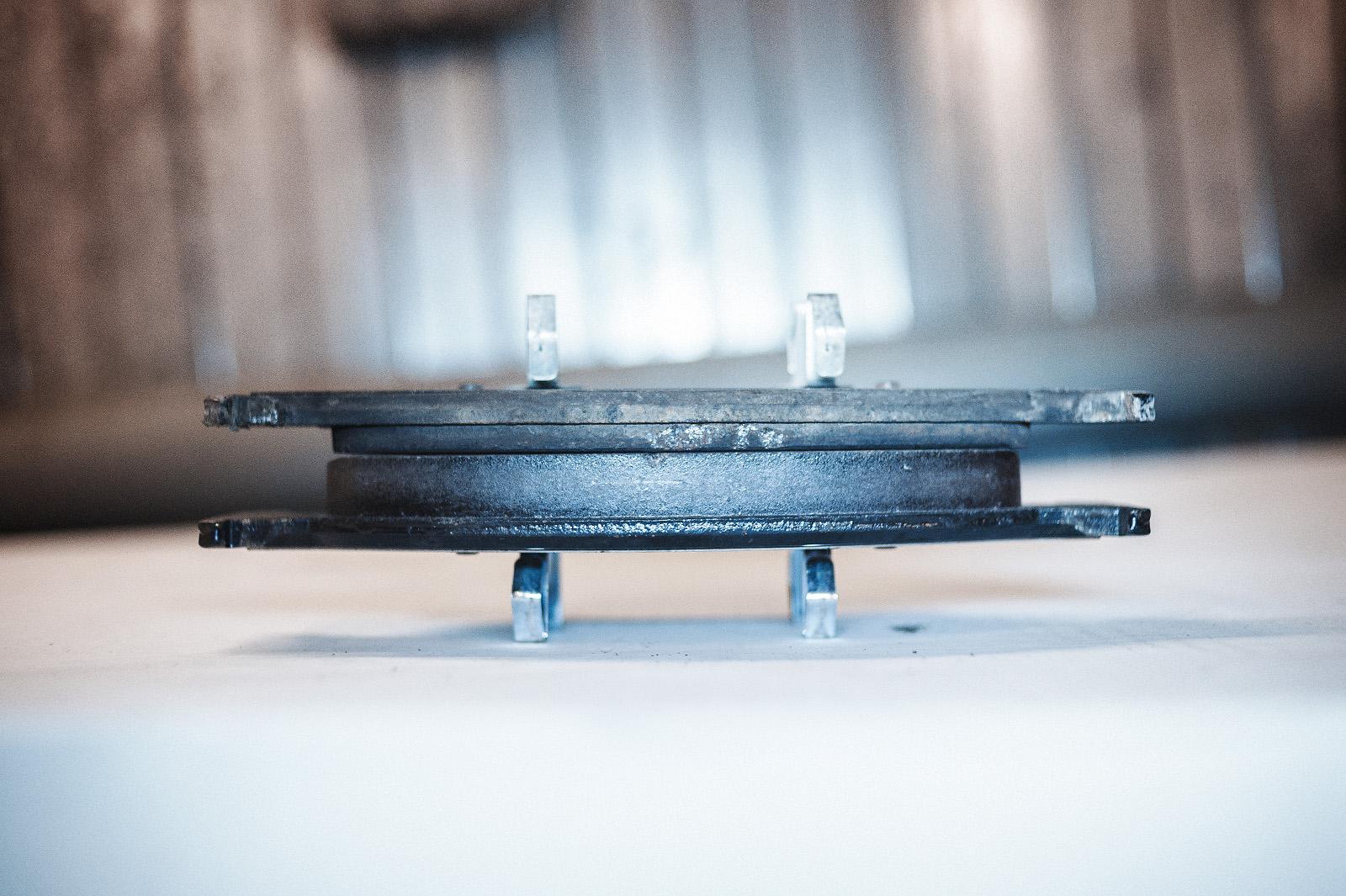 Замена передних колодок Audi A7