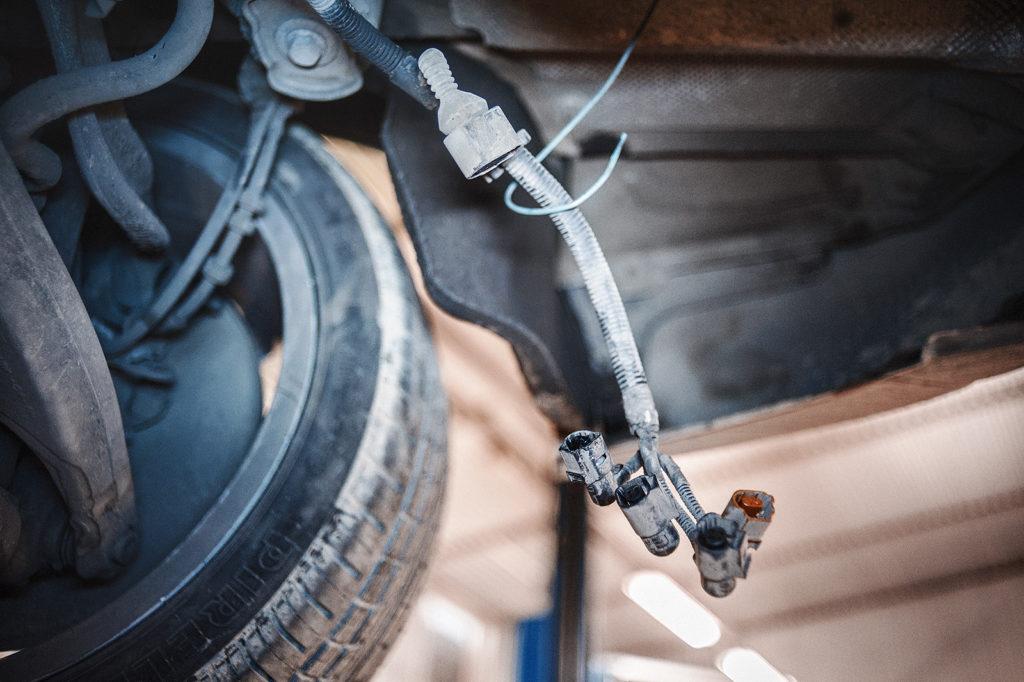 Электрические разъёмы заднего редуктора Audi S5