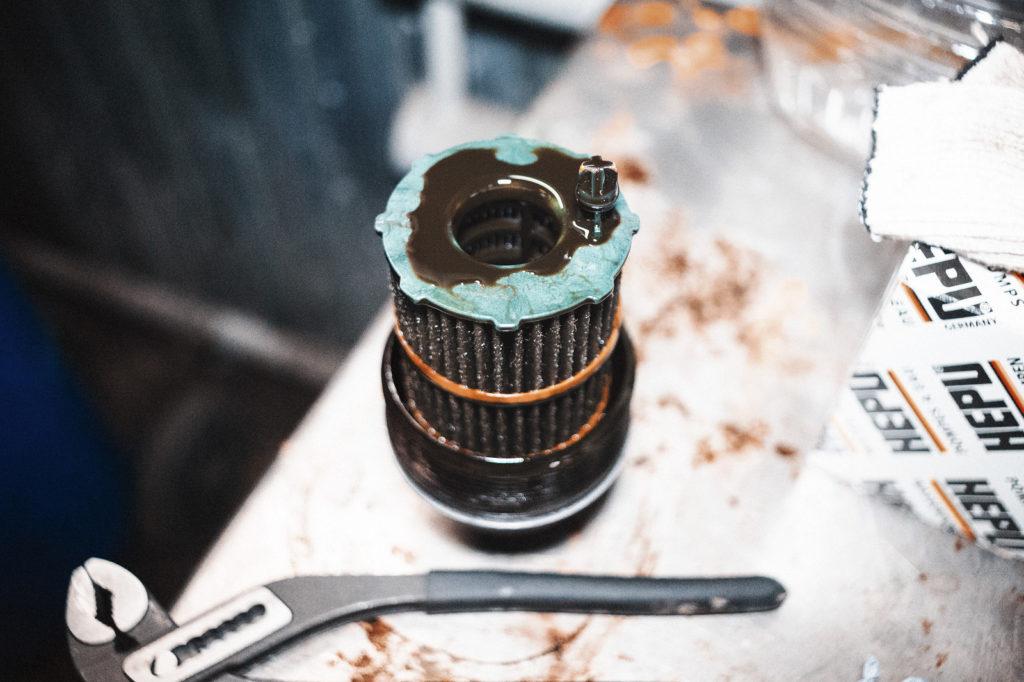 Масляный фильтр Ауди Q7