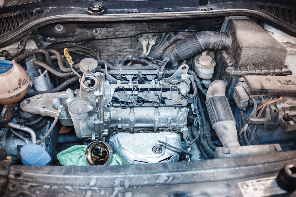 Что-то двигатель троит...
