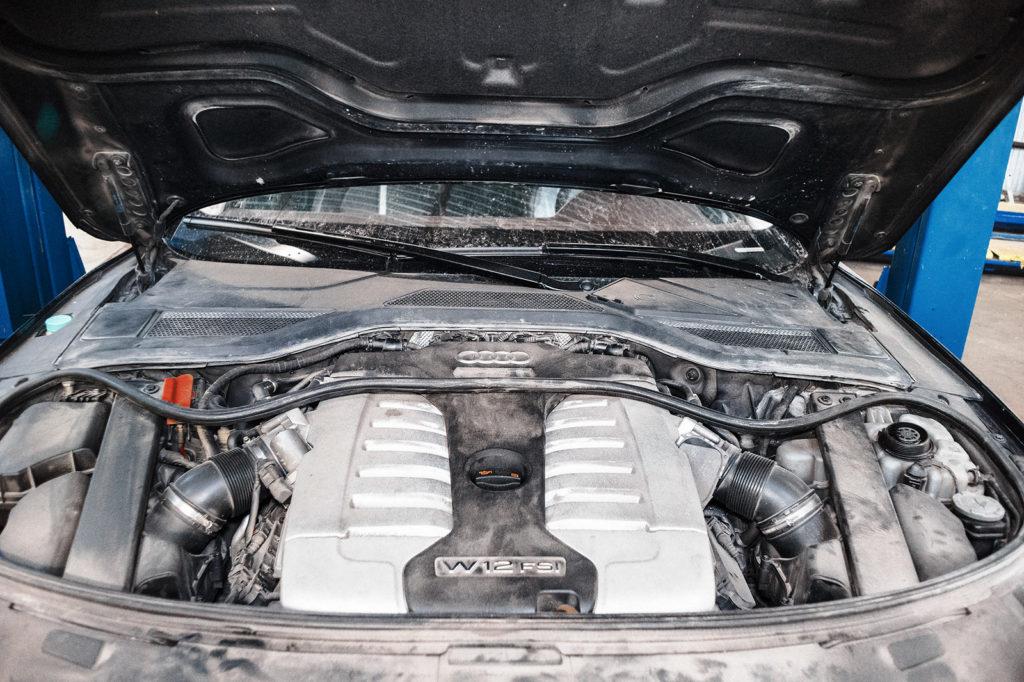 Здравствуй Audi W12 6.3, сейчас поможем тебе охлаждаться по желанию, а не по наитию
