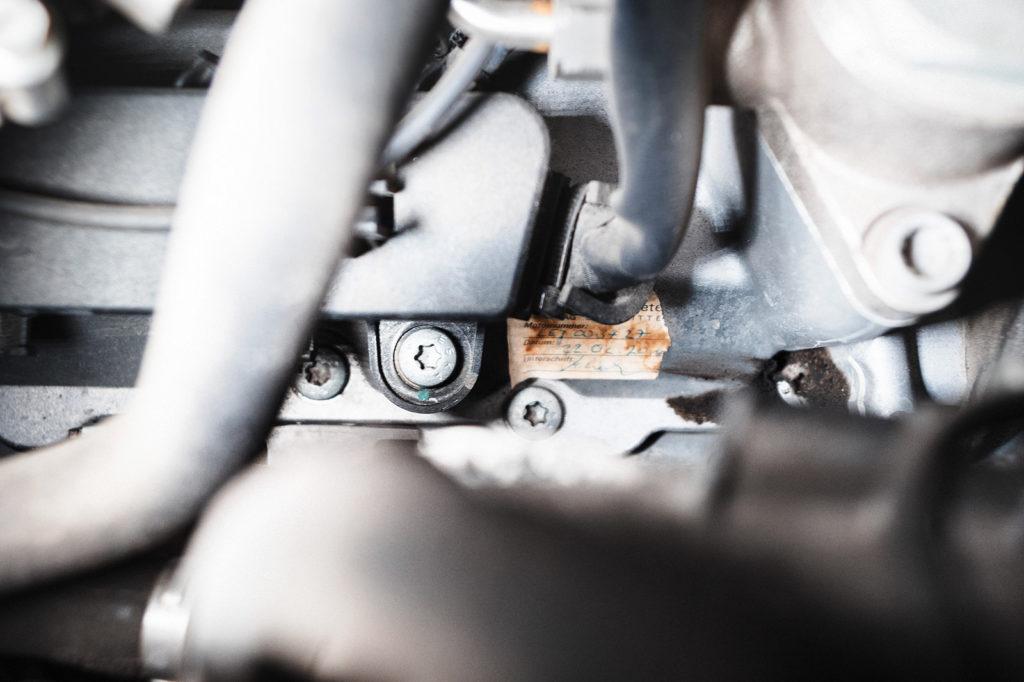 Каждый двигатель Audi W12 6.3 принимается индивидуально