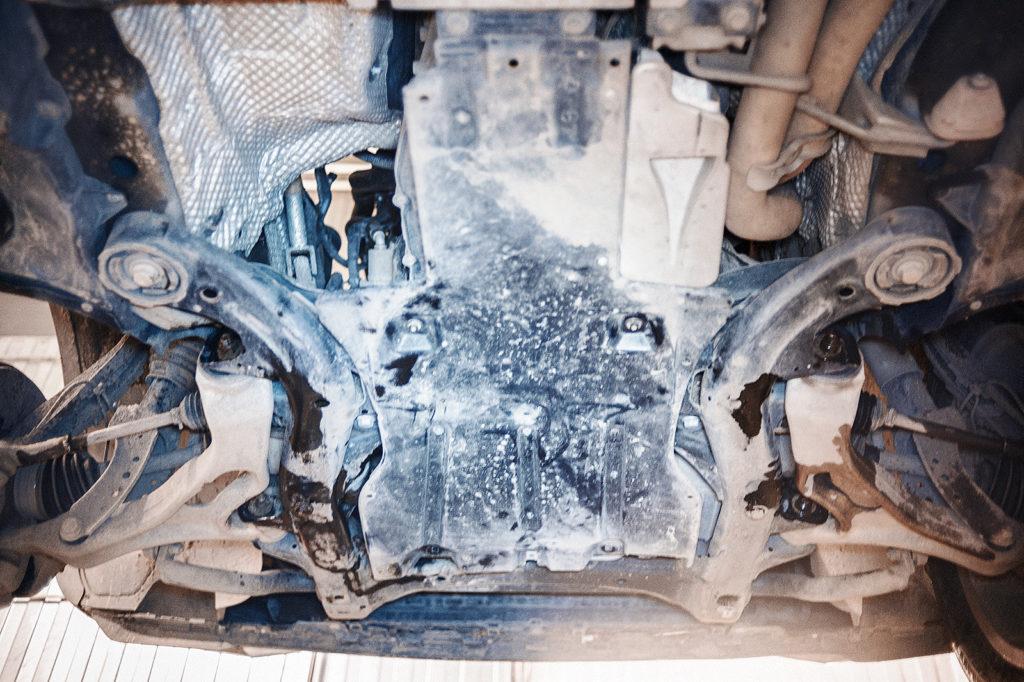 Пластиковая защита картера Volkswagen Touareg