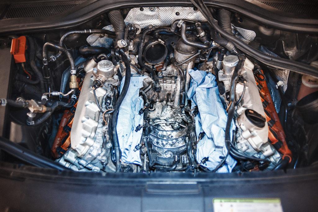 Отмываем двигатель перед окончательной сборкой