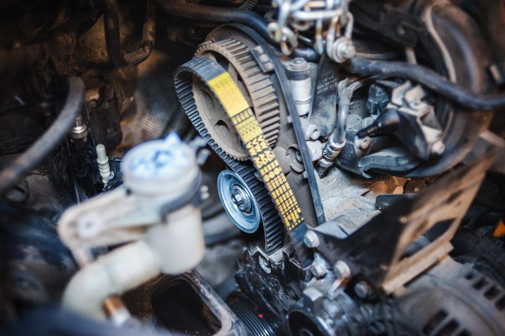 Собираем всю систему ГРМ Volkswagen Jetta в обратном порядке