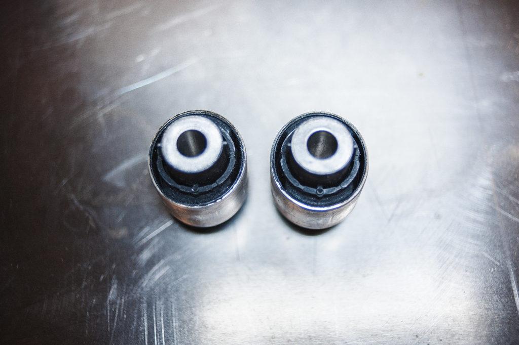 Сайлетнблоки поперечных рычагов Volkswagen Passat CC