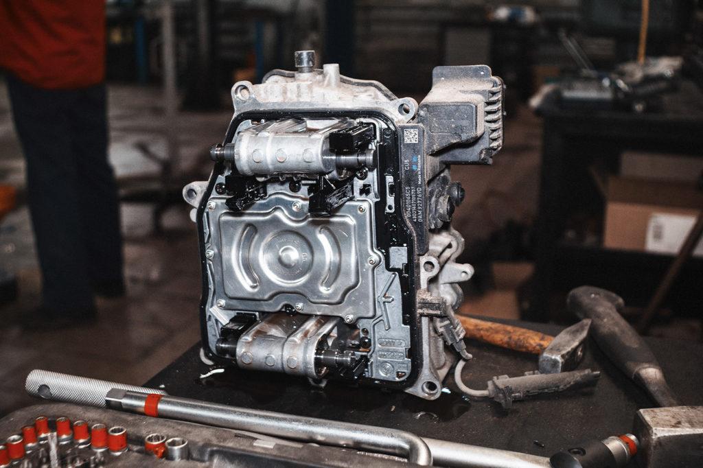 Замена мехатроника Ауди от VAG x motors - скорость и качество