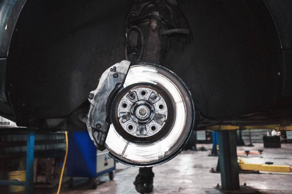 Ремонт кондиционера начинается с колёс